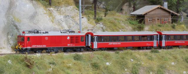 """7267 110 Set de départ """"Bernina Bahn"""" avec Gem 4/4 et 2 voitures EW III"""